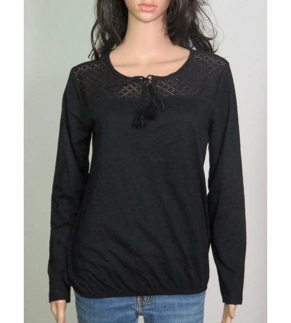 Ladies Long Sleeve T Shirt With Crochet